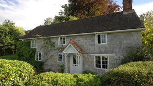 Country & Village Properties For Sale